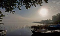 Début de journée brumeuse sur le lac de Mimizan-Aureilhan