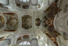 Deckenansicht in der Basilika St. Martin (Weingarten)