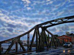 Deich-Brücke in Wilhelmshaven