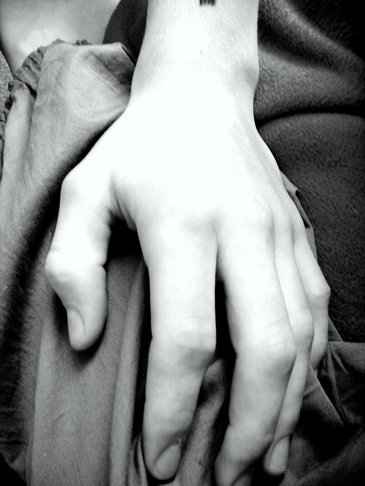 Deine Hand.... für immer Dein...