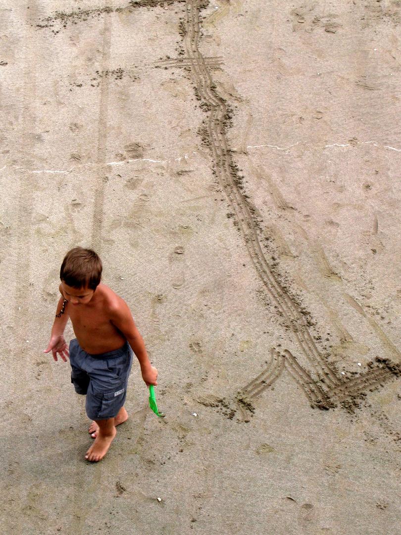 Dejando huellas en la arena