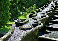 Dekorativer Wasserweg