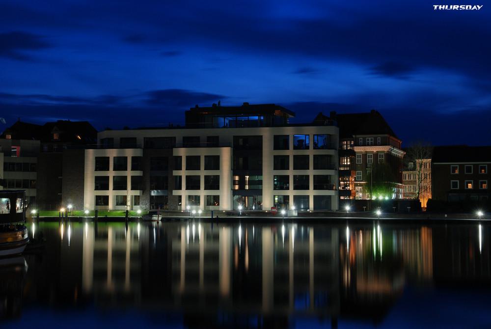 Delft bei Nacht