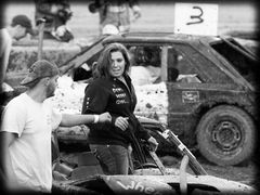 Demo Derby Girl - Way To Go Fist Bump