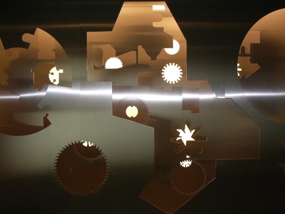 Demoobjekt, ausschneiden von Edelstahl mit Laser