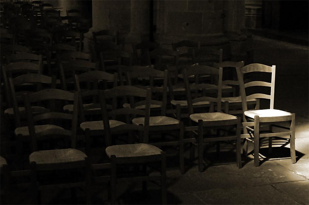 Den Unterschied macht das Licht und nicht der Stuhl.