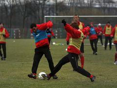 Deniz Kadah und Fabian Hergesell wärend des Trainings im Sportpart der düsseldorfer LTU Arena