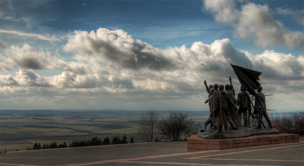 Denkmal ( Farbe )