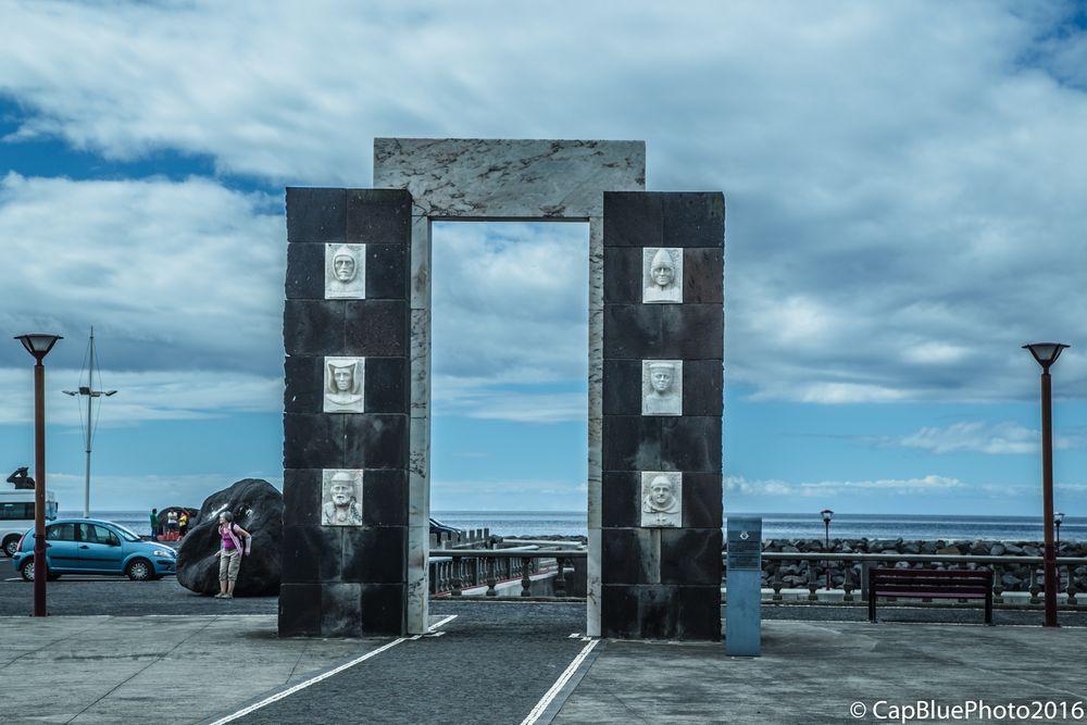 Denkmal für die ersten Siedler auf Sao Miguel in Povoacao