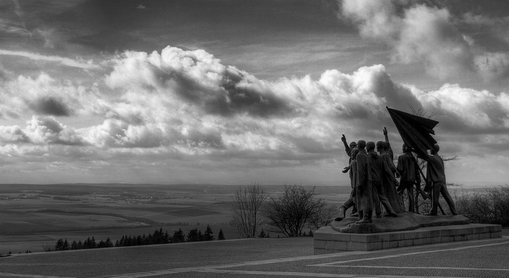 Denkmal ( S/W )