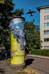 Denkmalgeschützte Litfaßsäule in Berlin-Reinickendorf...