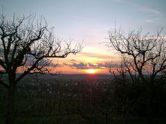 Denzlingen: Blick vom Mauracherberg auf die untergehende Sonne