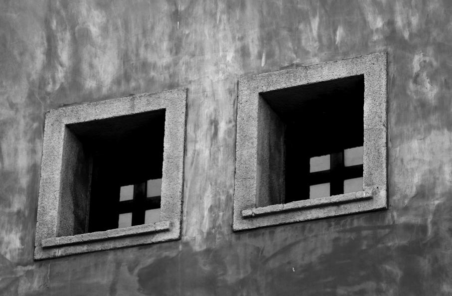 depth of facade