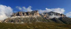 """Der 3152m hohe Piz Boe und die """"Pordoispitzen"""" links sind die ..."""