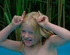 Der 3.Todestag***Und Flipsky ist im Wasser wie der Papa - total ausgeflippt.