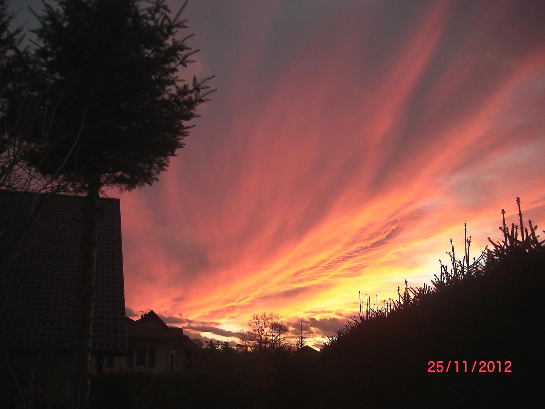 der Abendhimmel über Brandenburg