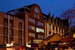 Der abendliche Weihnachtsmarkt in Hannover