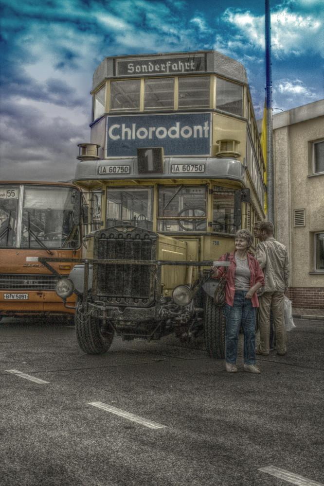 Der alte Bus