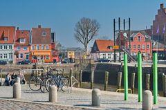 der alte Hafen in Husum / Nordsee