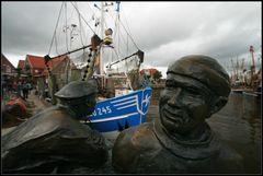 Der alte und der junge Fischer am Sielhafen...