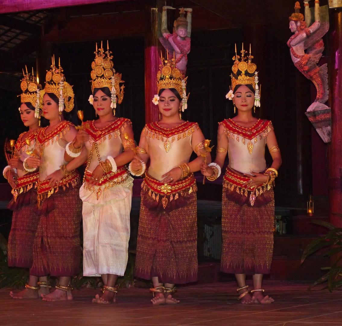 der Apsara-Tanz - eine einzigartige Erzählform. Kambodscha 2016