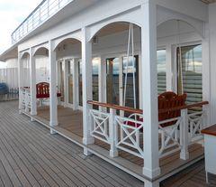Der Außenbereich der Hemmingway-Lounge