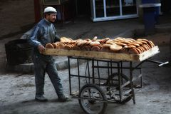 Der Bäcker kommt