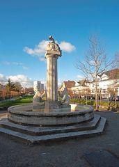 Der 'Bärenbrunnen' in einer Parkanlage der Stadt Hamm (Westfalen)
