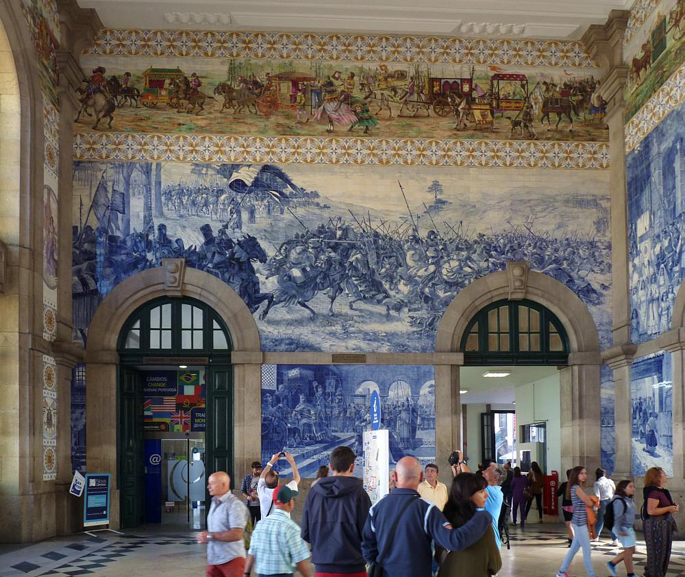 Der Bahnhof in Coimbra/Portugal