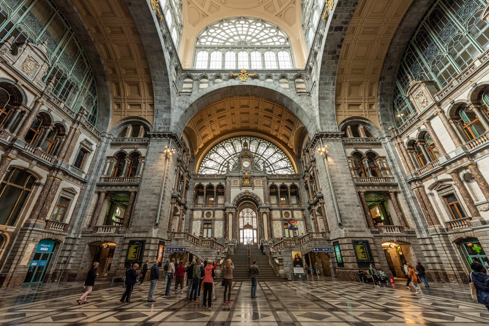 Der Bahnhof von Antwerpen