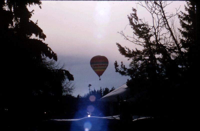 Der Ballon steigt auf