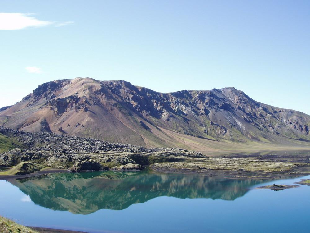 Der Berg im See...