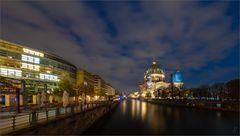 Der Berliner Dom ...