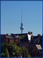 Der Berliner Fernsehturm von etwas weiter weg