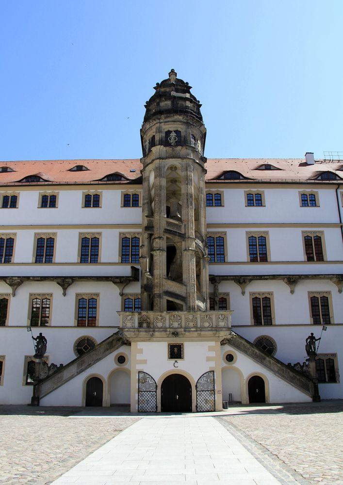 Der ber hmte wendelstein von schloss hartenfels in torgau - Beruhmte architektur ...