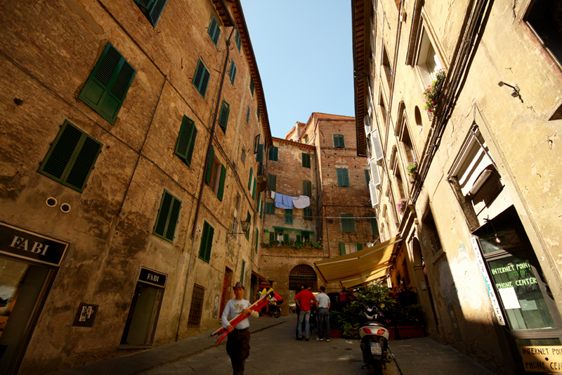 Der Besenhändler von Siena