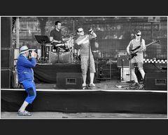 Der blaue Konzertfotograf