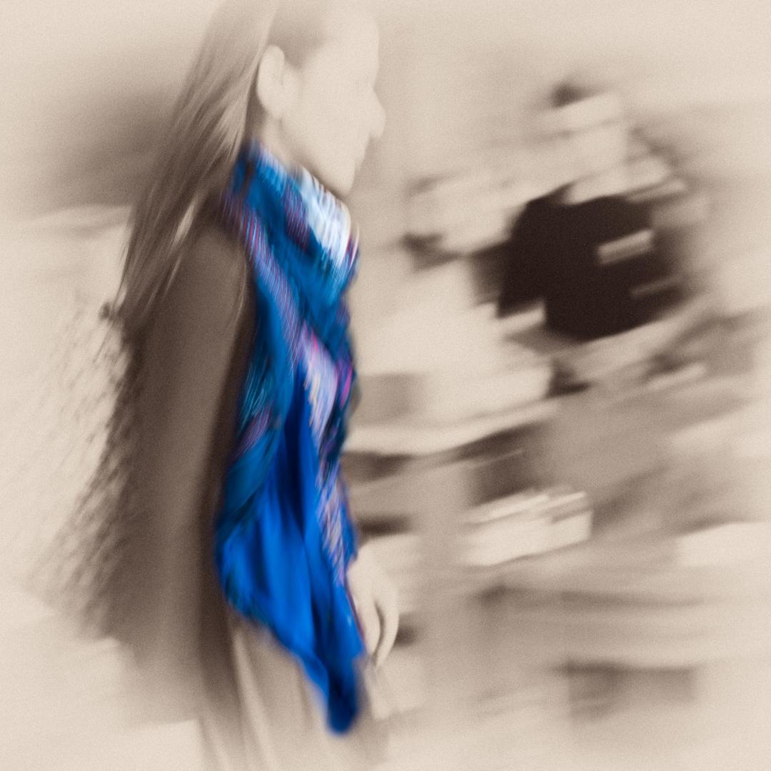Der blaue Schal