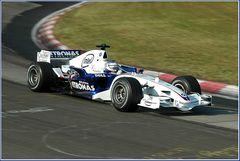 Der BMW F1 passiert den Schwalbenschwanz