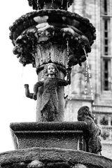 Der Brunnen von Saint-Jean-du-Doigt