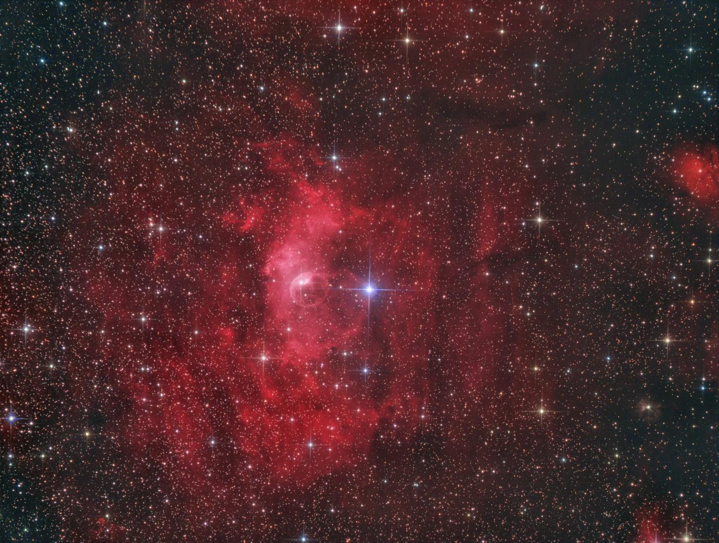 Der Bubble-Nebel im Sternbild Cassiopeia