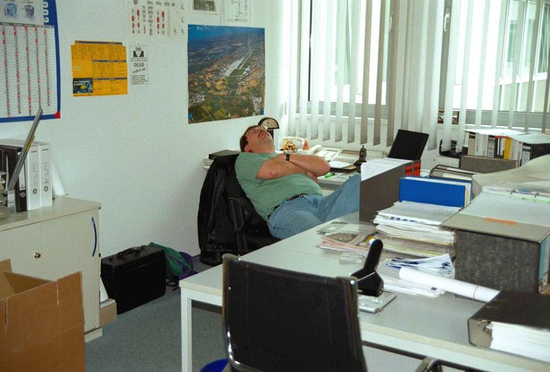 Der Büroschlaf.