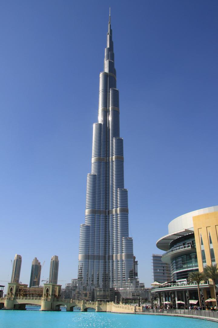 Der Burj Kalifah im Winter