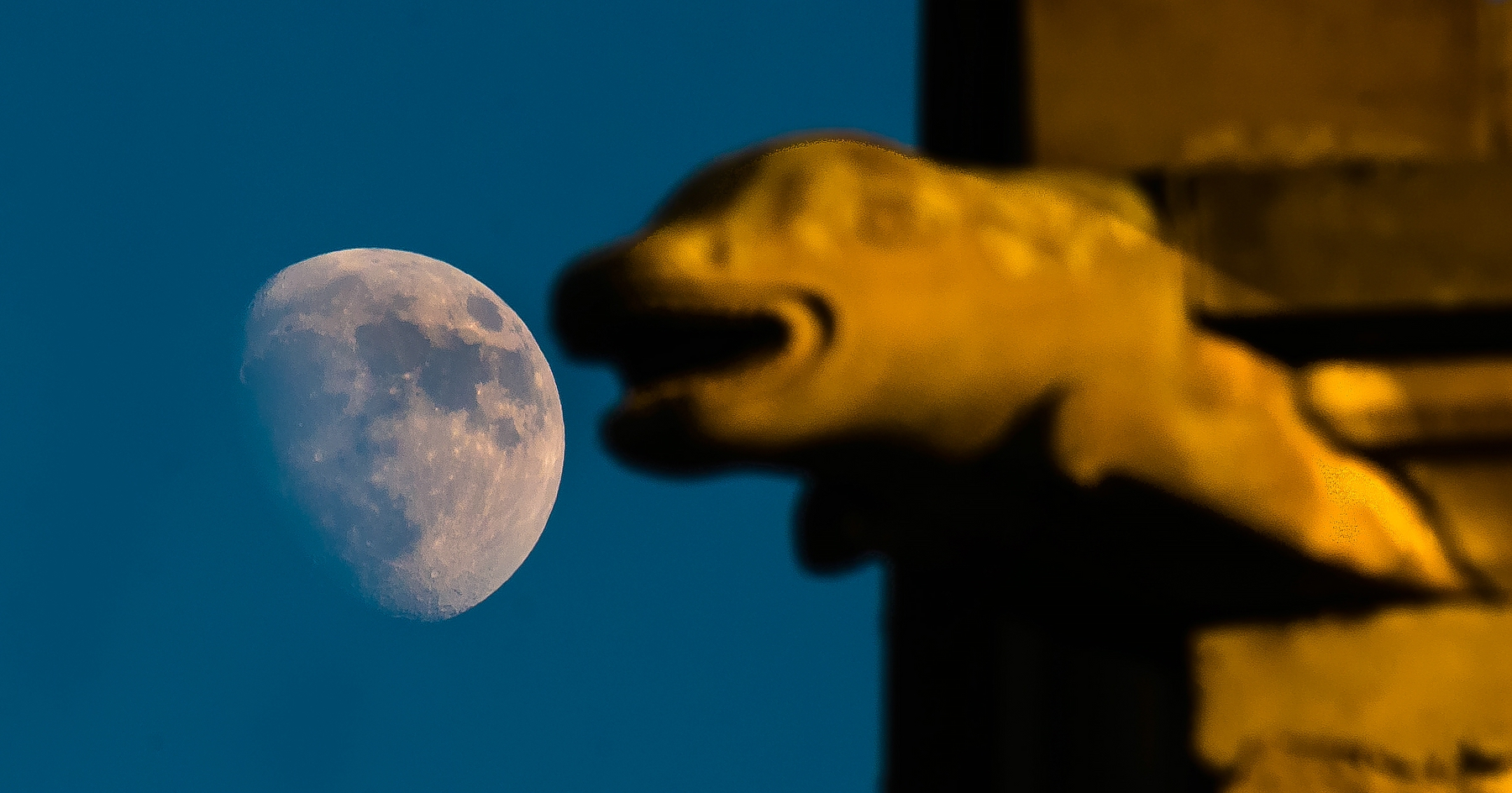 Informationen über Den Mond