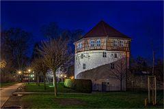 Der dicke Turm von der ehemaligen Stadtbefestigung von Aschersleben