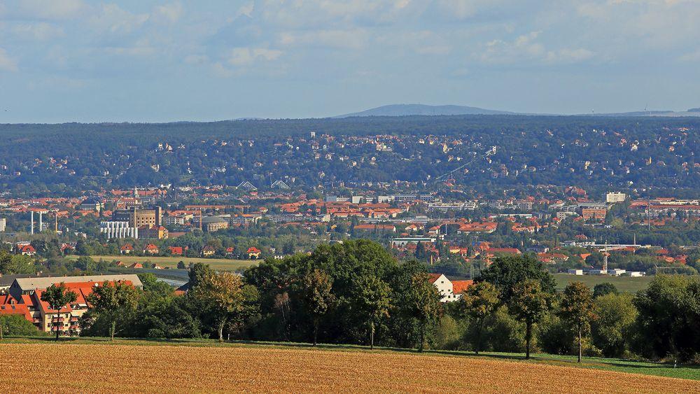 Der Dresdner Osten hat mit den herrlichen Elbhängen das weitaus schönere Hinterland,