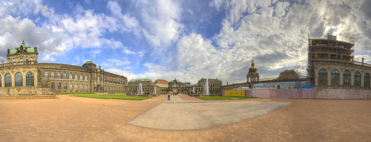 ...der Dresdner Zwinger im HDR-Panorama.