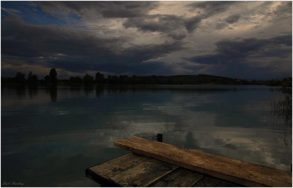 der dunkle See