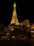 Der Eiffelturm von Las Vegas by Night