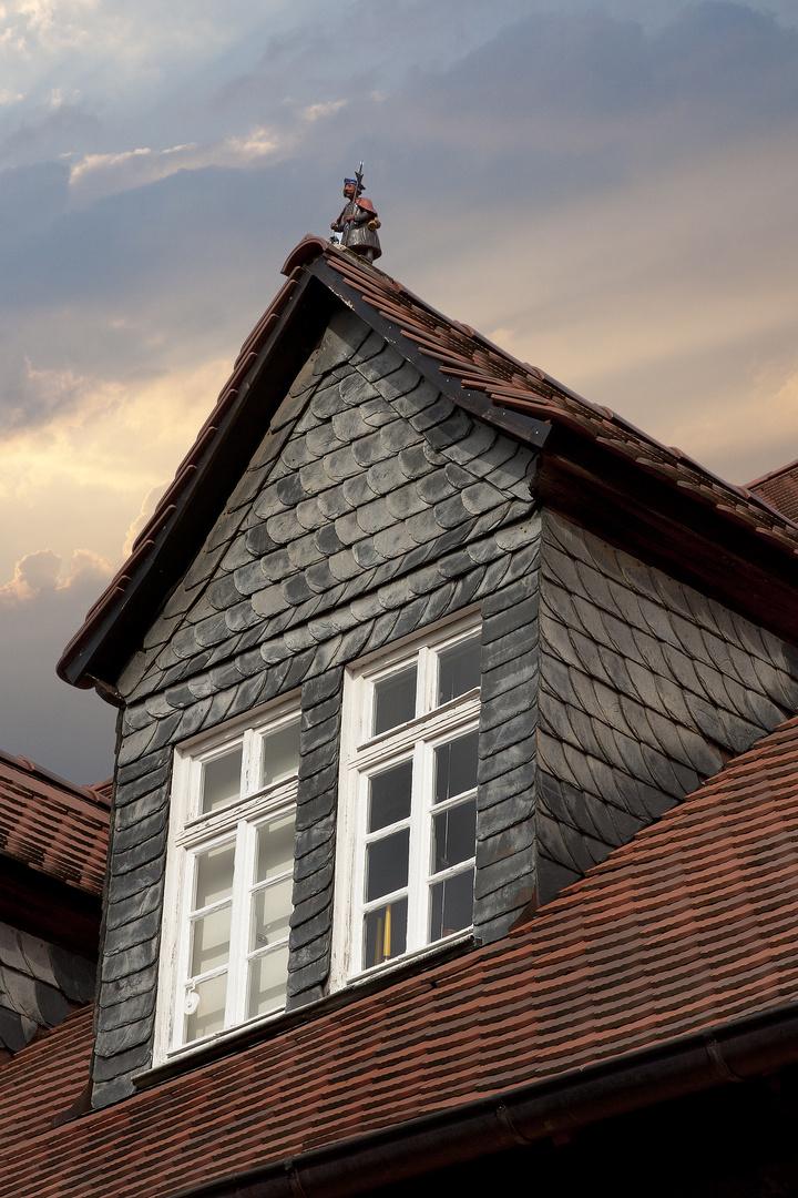 Der einsame Ritter auf dem Dach